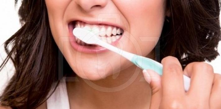 Періодонтит зубів. Симптоми і лікування